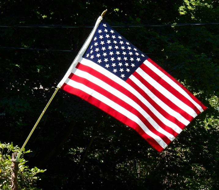flag_716x632