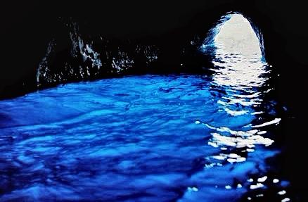 capri-grotto-crop_HDR_bri-32